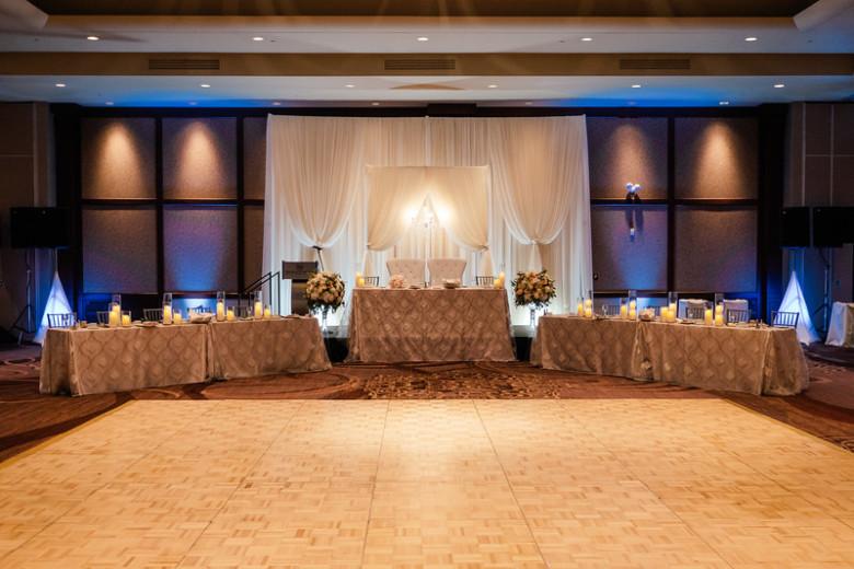 Lush Florals, Niagara wedding florist, Peach and blush wedding