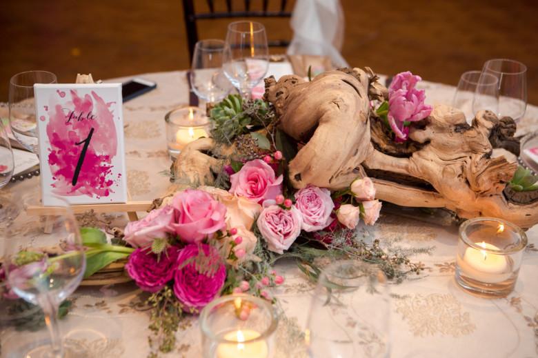 Vintage Hotels Wedding, Lush Florals, Niagara wedding florist