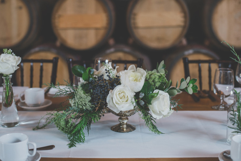 Niagara wedding, Niagara wedding florist, winery wedding Ravine winery wedding